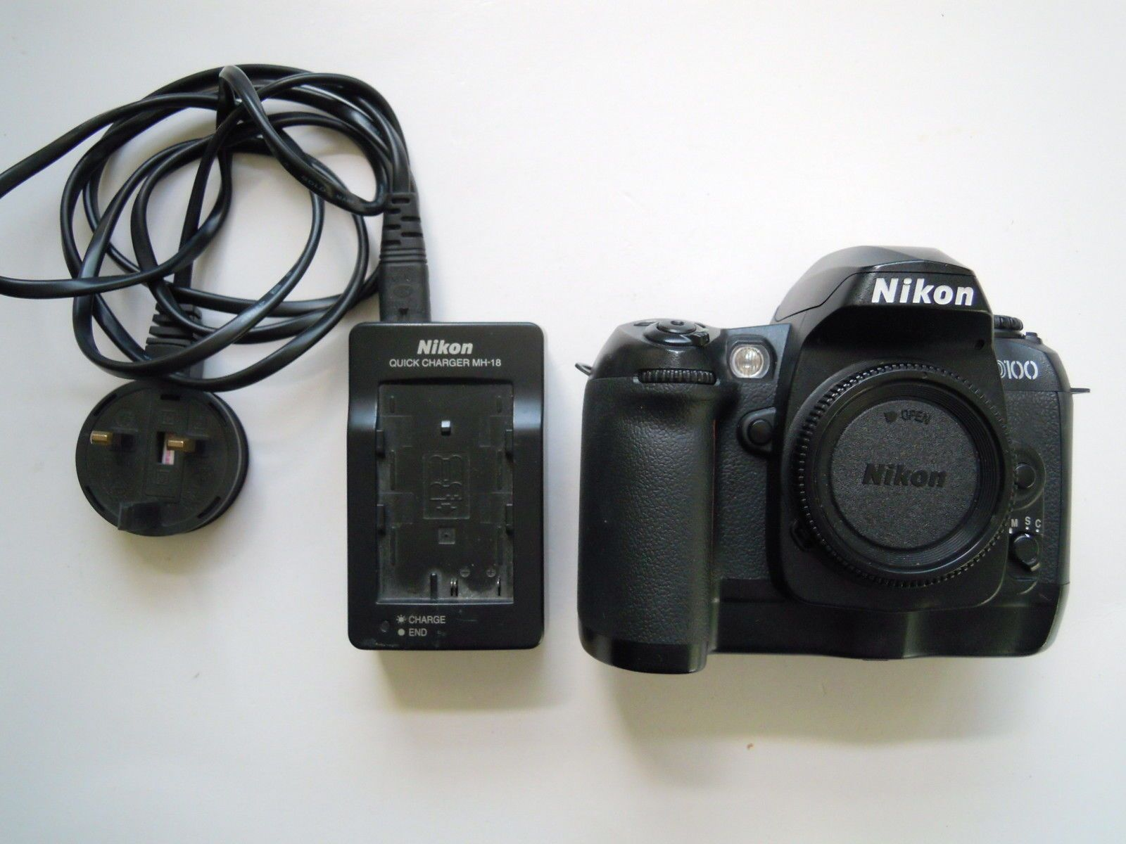 Nikon D D100 6 1 Mp Digital Slr Camera Black With