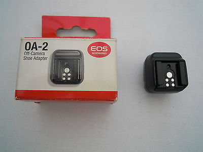 CANON EOS OA-2 OFF CAMERA SHOE ADAPTER