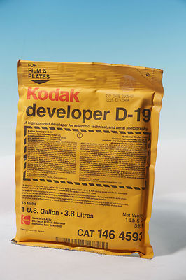 Kodak developer D-19 3.8 litres out of date sealed 146 4593