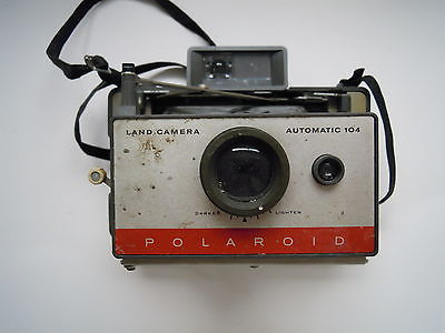 Polaroid Automatic 104 Land Camera
